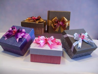 hadiah untuk pasangan